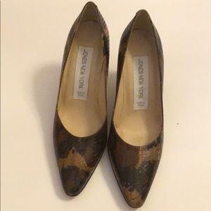 Jones New York shoes. Snake skin color brown 7 1/2